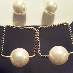 Women's NWT Double Sided Earrings
